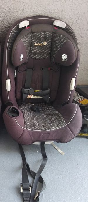 Saftey front facing carseat for Sale in Phoenix, AZ