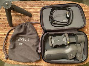 DIJI OSMO 3-Axis Smartphone Gimbal for Sale in Creve Coeur, MO