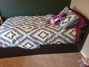 Wood twin bed frame w/head board for Sale in Forest Grove, OR