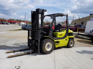 Beast Clark CMP40D Diesel, 8000# capacity big tire forklift for Sale in Walton Hills, OH