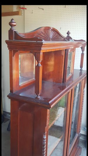 Antique Hutch for Sale in Irwindale, CA
