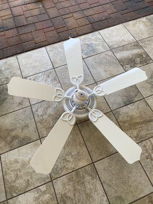 3 ceiling fans for Sale in Sun City, AZ