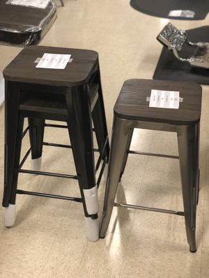 "Stylish 24"" Bar stool with Wooden seat (Black, Gun Metal, Sterling Silver) for Sale in Garland, TX"