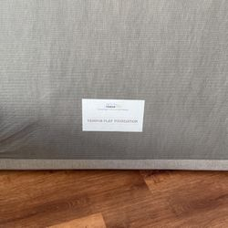 Split King Tempur Pedic Foundation/box Spring for Sale in San Diego,  CA