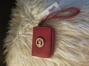 MK red small wallet for Sale in Duluth, GA