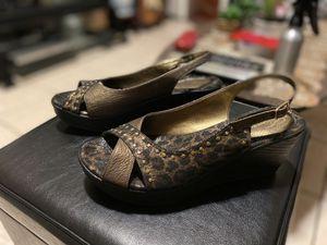 Dezario Women's Heels for Sale in Bell Gardens, CA
