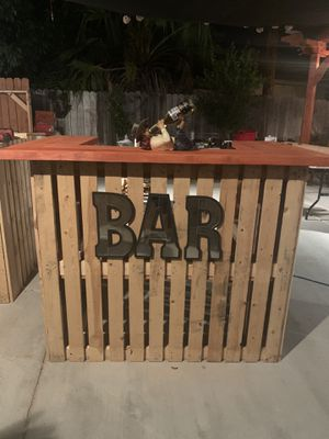 Pallet Bar Table for Sale in Riverside, CA