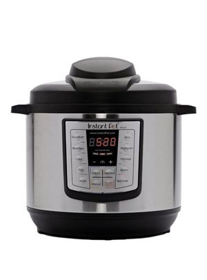 Instant Pot LUX60 V3 6-Quart 6-in-1 Multi-Use Programmable Pressure Cooker, Slow Cooker, Rice Cooker, Sauté, Steamer, and Warmer for Sale in Miami, FL
