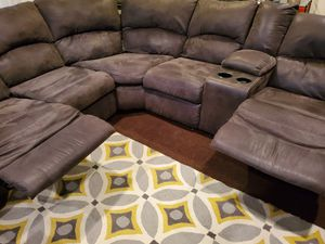 Microfiber Spill-Resistant Reclining Sectional for Sale in St. Louis, MO