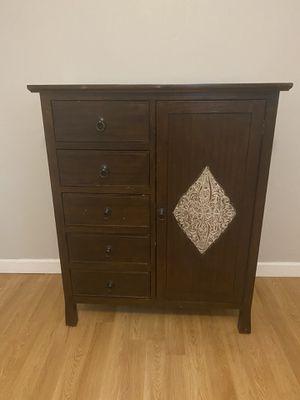 Wood Dresser for Sale in Fort Lauderdale, FL