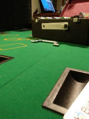 Poker Set Texas Hold' em for Sale in Portland, OR
