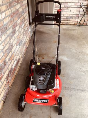 Snapper Commercial mower used 3 times for Sale in Fort Lauderdale, FL