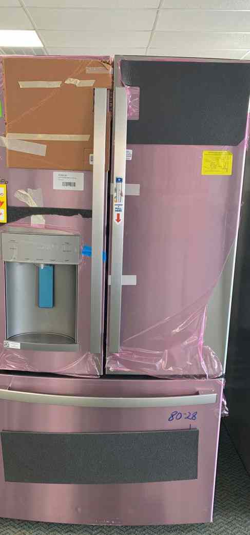 New Refrigerator out of the box!! Brand anew GE Fridge comes with Warranty! 74