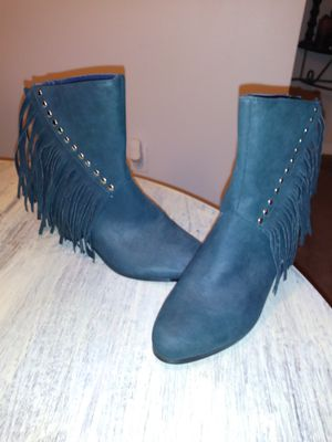 Hunter Green Fring Bootie Boots for Sale in D'Iberville, MS