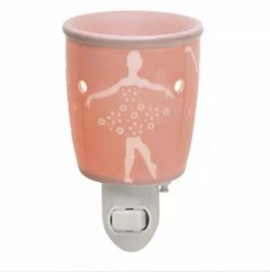 Pirouette Mini Scentsy Warmer for Sale in Deer Park, TX