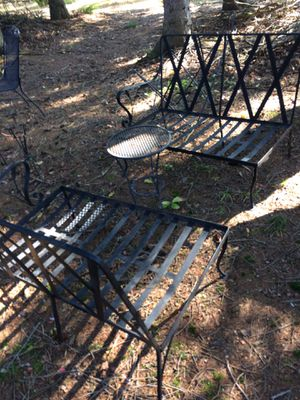 Black metal bench's with small table for Sale in Benzonia, MI