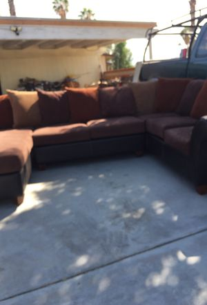Good sectional couch,very comfortable for Sale in Cathedral City, CA