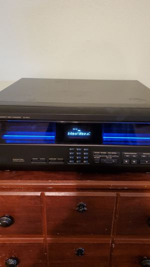 TECHNICS COMPACT DISC CHANGER S-MC7 100 DISC for Sale in Riverside, CA