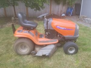 2004 Husqvarna riding lawn mower for Sale in Bothell, WA