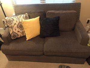 Gray Tweed Love Seat for Sale in Kathleen, GA