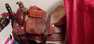 23 inch custom made saddle for Sale in Lecanto, FL