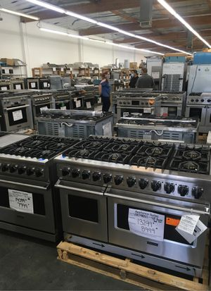 2 Day sales event !! Warehouse full high end luxury appliances for Sale in Los Angeles, CA