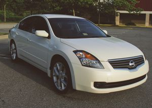 2007 Nissan Altima Bluetooth Stereo for Sale in Pittsburgh, PA