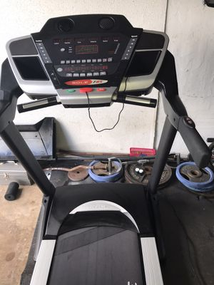 Sole f-85 treadmill for Sale in Miami Gardens, FL