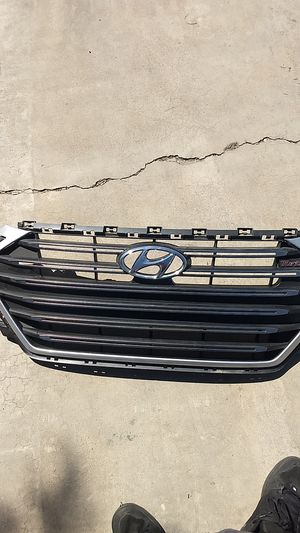 2017 2018 Hyundai Elantra grille grill for Sale in Phoenix, AZ