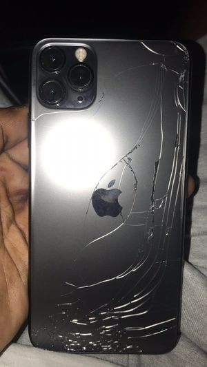 iPhone 11 Pro Max for Sale in Sioux Falls, SD