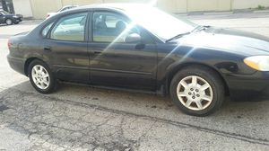 2005 ford Taurus(college car) for Sale in Columbus, OH