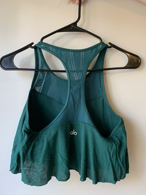 Alo emerald green flow workout top women's size m for Sale in Charlotte, NC