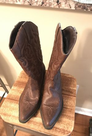 Woman's CowBoy Boots SZ 7.5 for Sale in Miami, FL