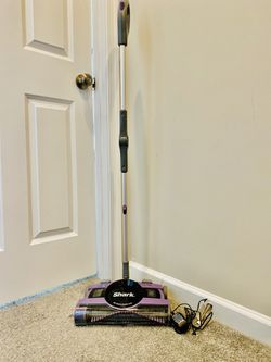 Shark 13 inch floor/carpet sweeper/vacuum for Sale in Rockville,  MD
