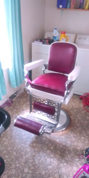 Leather barber chair for Sale in Millersville, PA