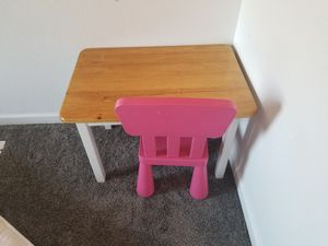 Kids table and chair for Sale in Thornton, CO