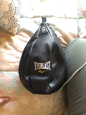 Everlast speed bag for Sale in Palmdale, CA