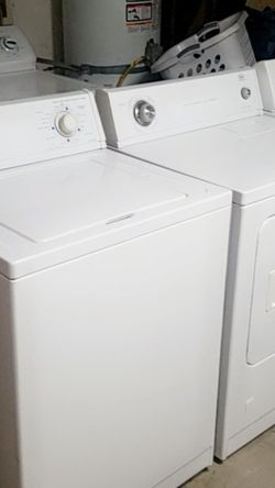 Washer and Gas Dryer Set Whirlpool for Sale in Fontana,  CA