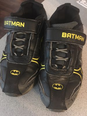 Batman shoes size 12 for toddler for Sale in Appleton, WI