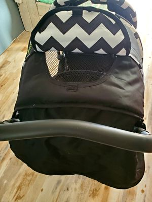 Safe place double seated stroller for Sale in Bethel Island, CA