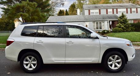 Perfectly Condition 2008 Toyota Highlander AWDWheels💎yjhtgdfd for Sale in Denver,  CO