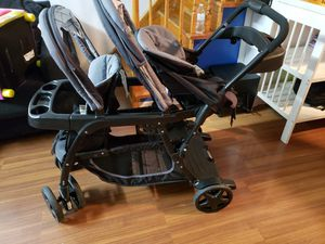 Graco double stroller and car seat for Sale in Philadelphia, PA