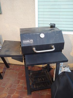 Charcoal bbq for Sale in Corona, CA