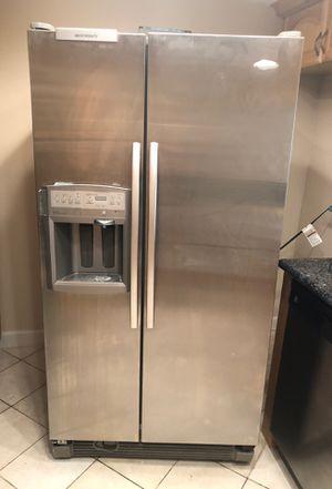 Whirlpool gold refrigerator for Sale in North Miami Beach, FL