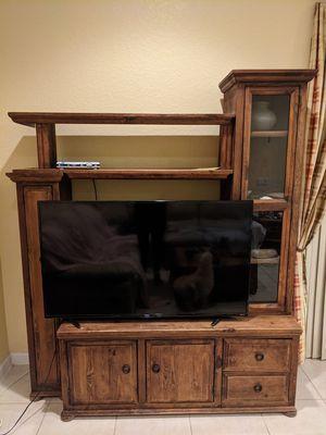 Tv console for Sale in Homestead, FL