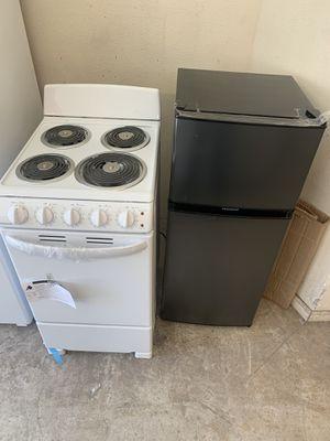 Estufas y refrigerador nuevo for Sale in Oakland, CA