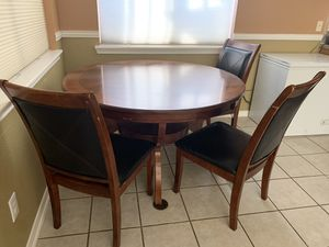 Breakfast table and chairs for Sale in Sugar Land, TX