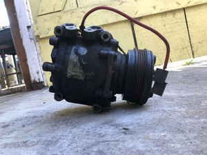 D series AC compressor for Sale in Los Angeles, CA