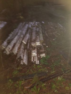 Free lumber for Sale in Puyallup, WA