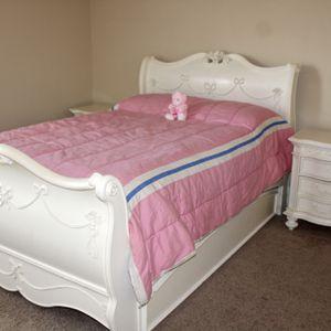 Off White Disney Princess Bedset for Sale in Cumming, GA